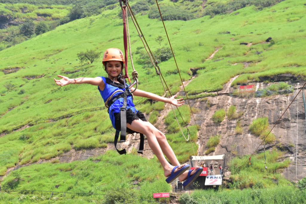 flying-fox-at-della-adventure