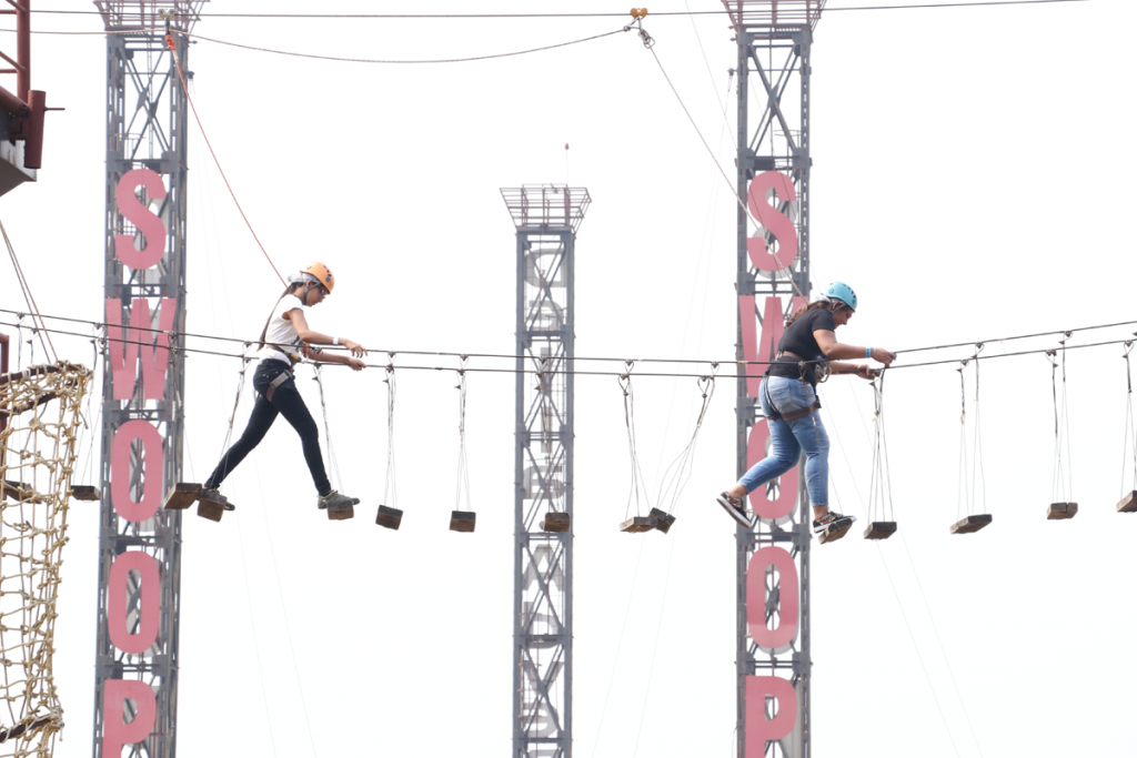 high-rope-challenge-at-della-adventure