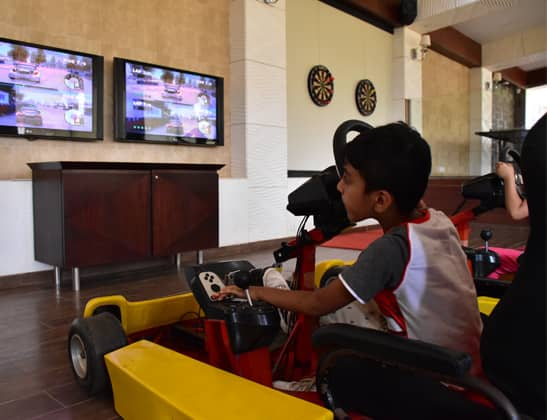 Play Virtual Racing Cars at della Adventure Park