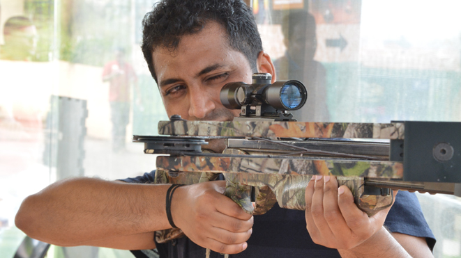 Test your shooting skills with Crossbow activity at Della