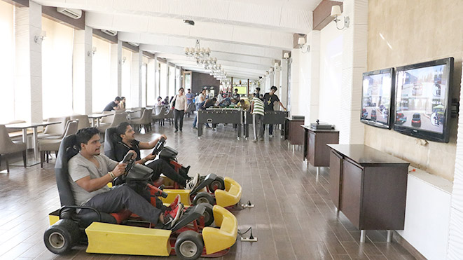Virtual Racing Cars is the popular video attraction at Della