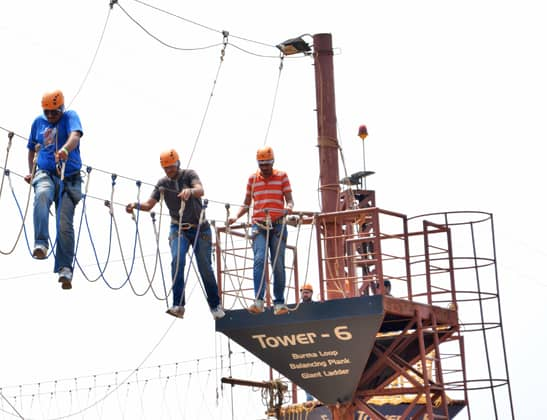 Enjoy High Rope Challenge Course at Della Adventure