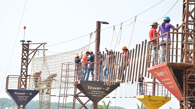 Enjoy Vertical Net Crossing at High Rope Challenge Activity at Della