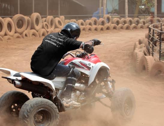 Play ATV 700CC Yamaha Raptor at Della Adventure