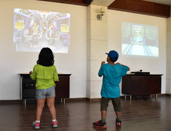 Play Virtual Dancing at Della Adventure