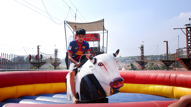 Experience Rodeo - Bull Ride at Della Adventure Park
