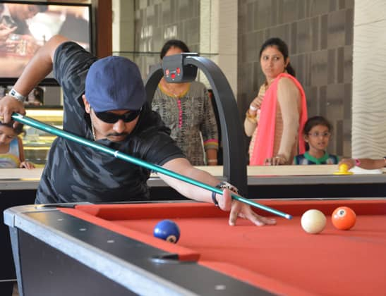 Play Pool Table at Della Adventure
